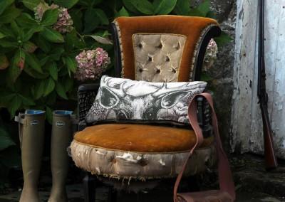 cream-cornwall-game-garden-stag-cushion